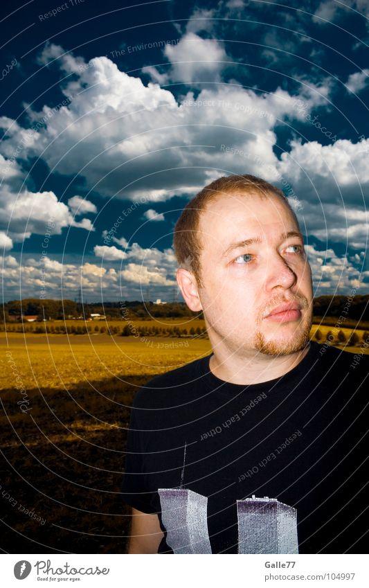 Naturbursche Mensch Mann Himmel weiß blau Gesicht Wolken Leben Landschaft frei authentisch natürlich Standort geblitzt