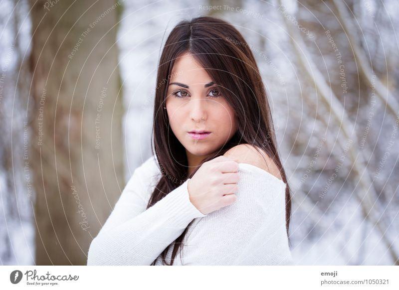white feminin Junge Frau Jugendliche 1 Mensch 18-30 Jahre Erwachsene Natur hell schön Farbfoto Außenaufnahme Tag Porträt Blick in die Kamera