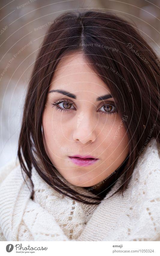 face feminin Junge Frau Jugendliche Gesicht 1 Mensch 18-30 Jahre Erwachsene schön Schminke Farbfoto Außenaufnahme Tag Schwache Tiefenschärfe Porträt