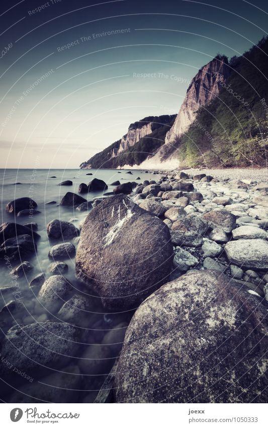Inspiration Ferien & Urlaub & Reisen Insel Natur Landschaft Himmel Horizont Schönes Wetter Felsen Küste Strand Ostsee Rügen groß hoch rund blau braun grau grün