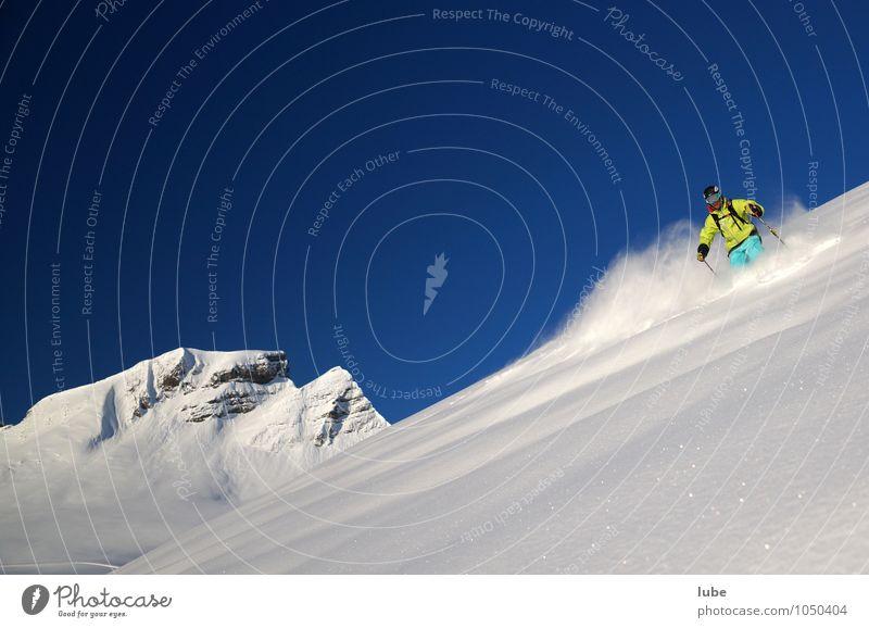 Freerider 3 Tourismus Winter Schnee Winterurlaub Berge u. Gebirge Sport Wintersport Skier 1 Mensch Umwelt Natur Landschaft Wolkenloser Himmel Klima