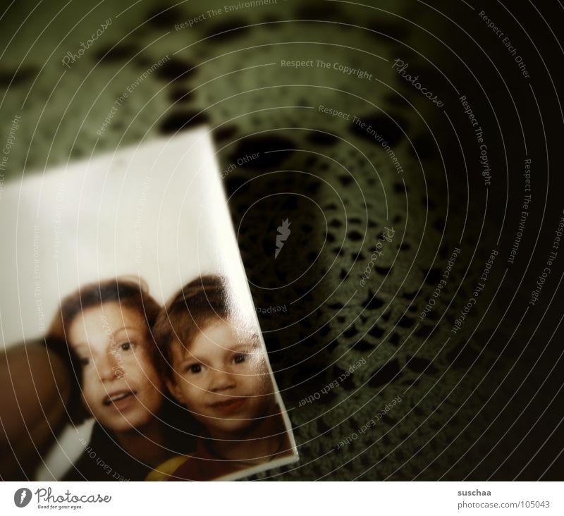 erinnerungen .. 1 noch Kind alt Freude Hintergrundbild Familie & Verwandtschaft Vergänglichkeit festhalten Vergangenheit vergangen Fingernagel Erinnerung Unsinn