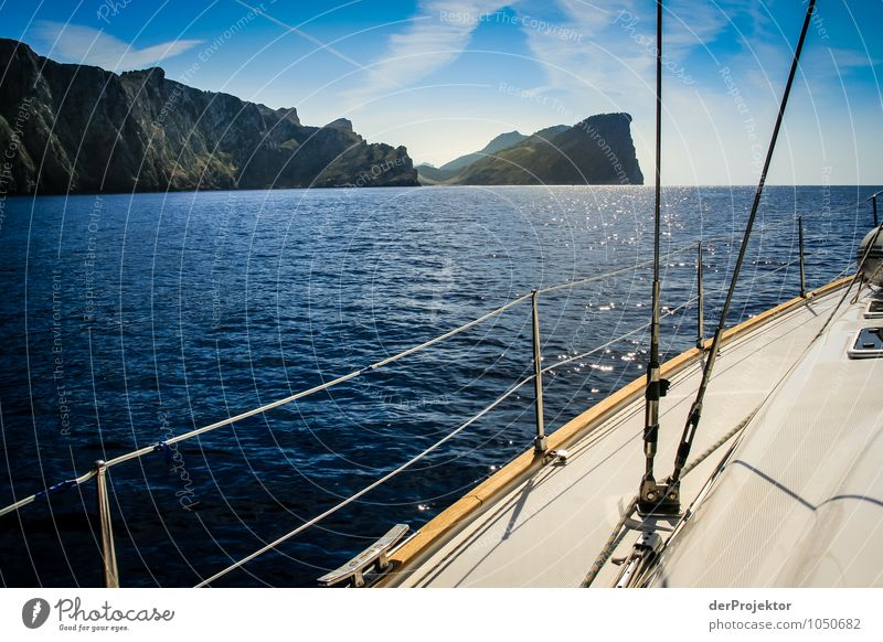 Mallorca von seiner schönen Seite 65 – Segelboot und Küste Ferien & Urlaub & Reisen Tourismus Ferne Freiheit Kreuzfahrt Sommerurlaub Umwelt Natur Landschaft