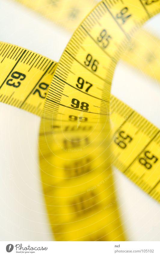 Maßband 4 schwarz gelb Bekleidung Ziffern & Zahlen Stoff Dienstleistungsgewerbe tief Rennbahn chaotisch durcheinander rechnen Textilien Genauigkeit Präzision