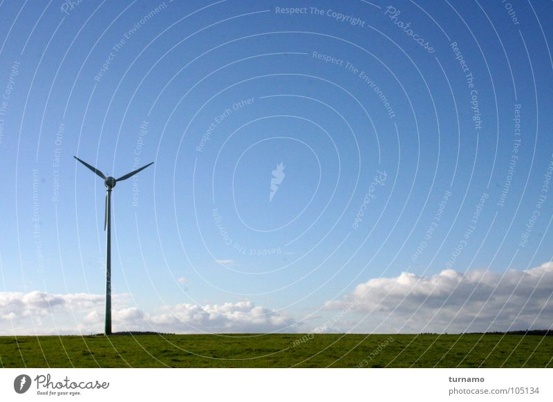 standfest blau Himmel Landschaft Landschaftsformen Windkraftanlage Wolken Elektrizität Luft Natur Industrie Sozialer Dienst Windtower Windturm Blick ins Weite