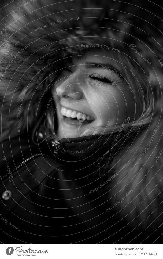 Spaß feminin 1 Mensch Gefühle Freude Glück Fröhlichkeit Zufriedenheit Lebensfreude Begeisterung Warmherzigkeit Sympathie Freundschaft Zusammensein Liebe schön