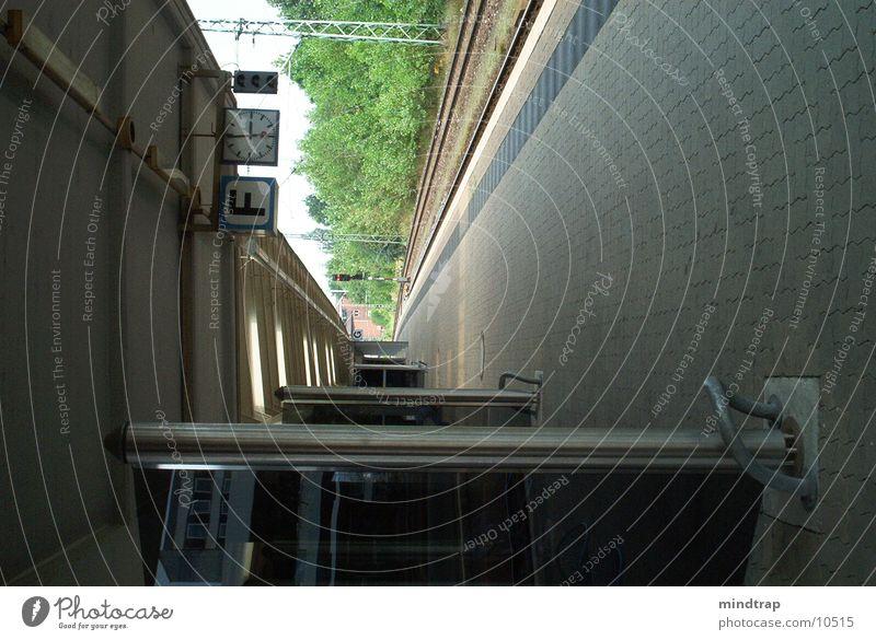 Bahnsteig_2 ruhig warten Eisenbahn Bahnsteig Braunschweig