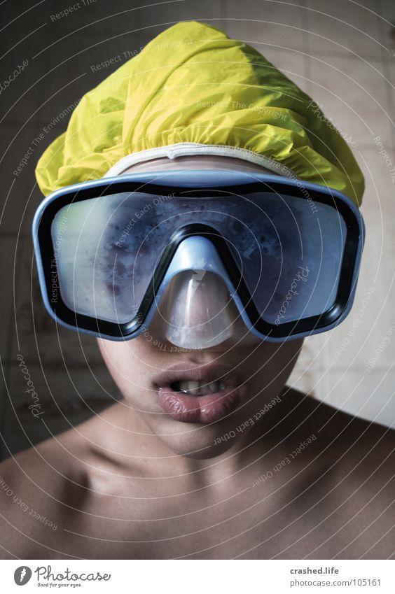 Tauchstation Badezimmer blau Farbe gelb Lippen tauchen Wassersport Taucher Taucherbrille