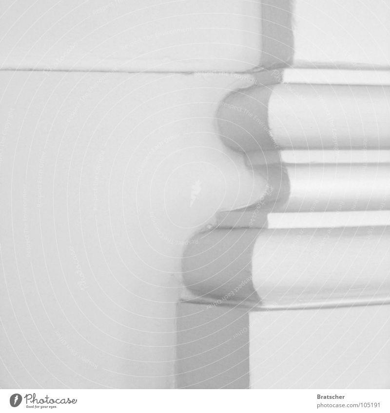 Ornament und Architektur Ecke weiß grau einfach schön Pharmazie Philosophie Heiligendamm Detailaufnahme Schatten Säule Nihilismus