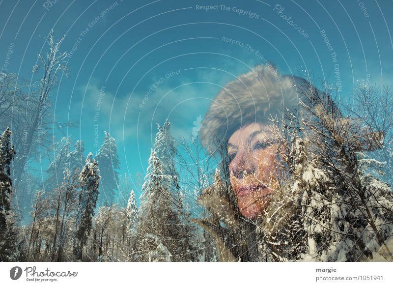 Wintersehnsucht Mensch Frau Himmel Ferien & Urlaub & Reisen Jugendliche blau Junge Frau Baum ruhig Wald kalt Erwachsene Bewegung Schnee feminin
