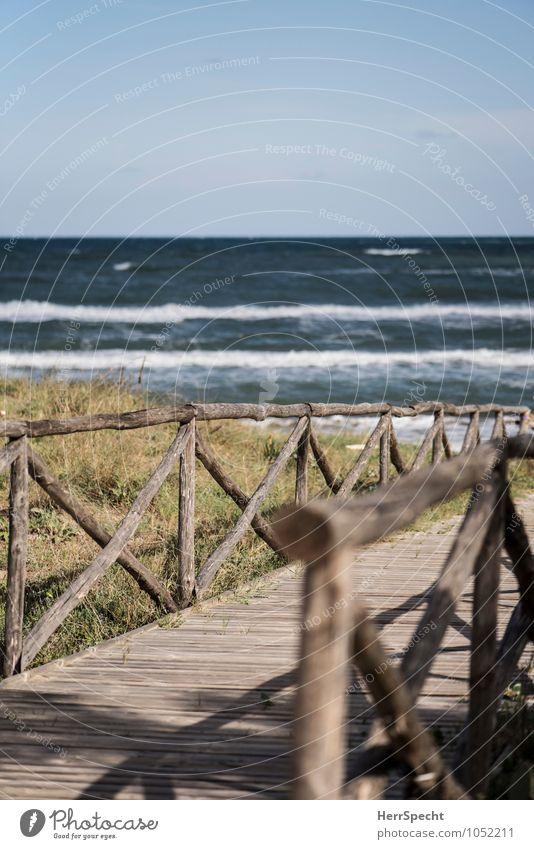 Strandwärts Himmel Natur Ferien & Urlaub & Reisen Sommer Meer Landschaft Strand Umwelt Küste Wege & Pfade natürlich Freiheit Wellen Tourismus ästhetisch Schönes Wetter