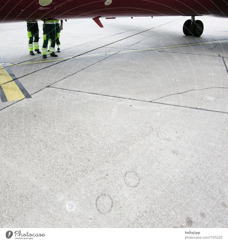 boing, boing Mann Arbeit & Erwerbstätigkeit Schilder & Markierungen Beton Flugzeug fliegen Beginn Sicherheit Bodenbelag Beruf Flughafen Kontrolle kommen