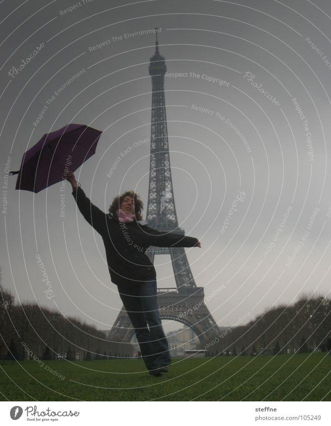l'AMOUR grün rot Ferien & Urlaub & Reisen schwarz Gefühle grau Bewegung Glück Traurigkeit Zufriedenheit Tanzen Nebel Elektrizität Rasen Regenschirm Paris