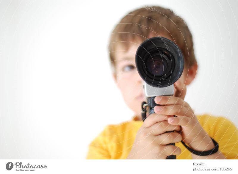 Ton ab... Kamera ab... filmen Durchblick Regisseure Regie Kino Fotokamera gelb Fernglas Aussicht Filmindustrie edel Wissenschaften Medien Super 8 director