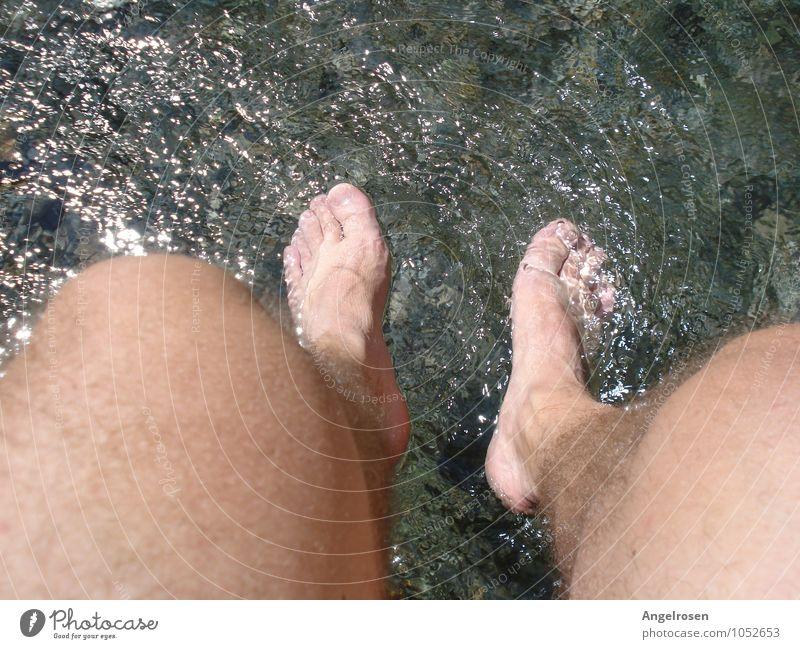 cool running maskulin Mann Erwachsene Körper Fuß 1 Mensch Wasser Schwimmen & Baden Erholung genießen frisch Gesundheit kalt nackt Zufriedenheit ruhig Energie