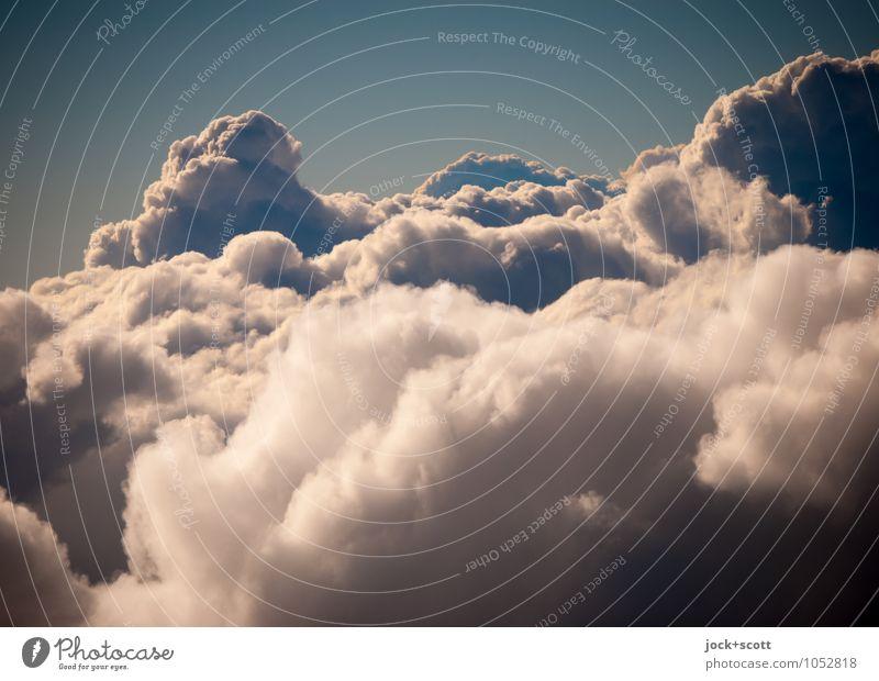 over and above Luft Wolken Klimawandel Schönes Wetter fliegen authentisch frei groß kuschlig oben schön Wärme weich Wahrheit vernünftig Hoffnung Glaube