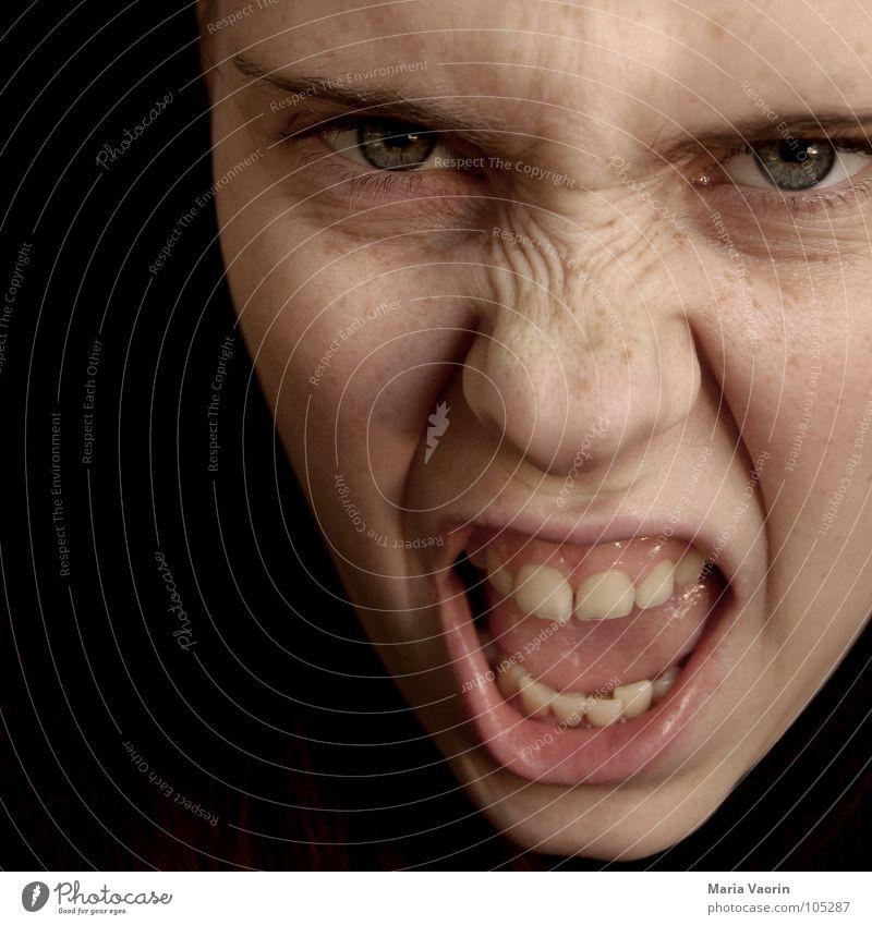 """""""ja, ich bin immer noch gereizt"""" Frau Kraft gefährlich Wut schreien Gewalt böse Freak Ärger Aggression Hass Frustration Angriff Adjektive verstört"""