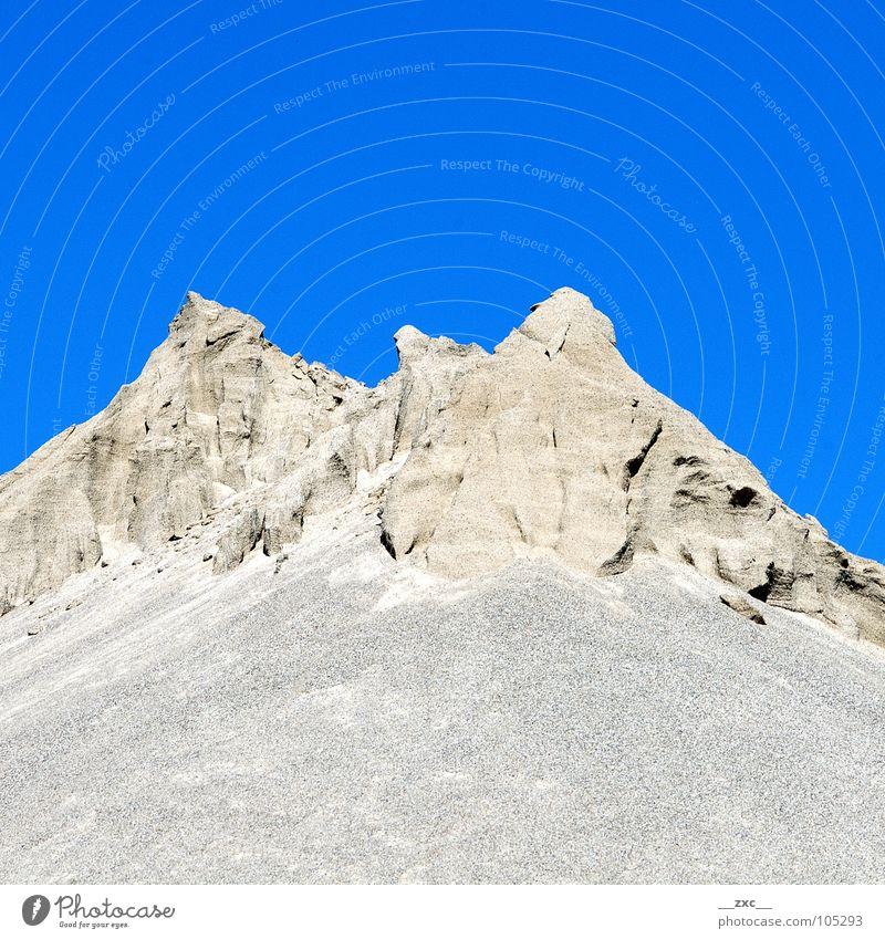 große grüne Wiese_01 Sommer gelb Hügel sehr wenige Sauberkeit Physik Berge u. Gebirge Himmel blue blau Sand Wüste Klarheit und Wärme