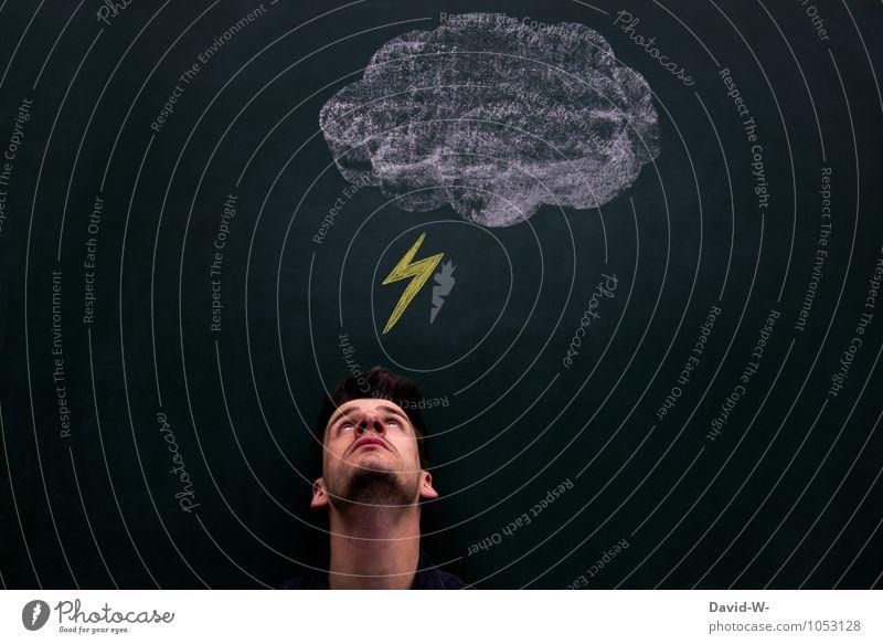 warum trifft es immer mich Mensch Mann Erwachsene Traurigkeit Kopf maskulin Angst gefährlich Hinweisschild bedrohlich Sicherheit Unwetter Kontrolle Blitze Tafel