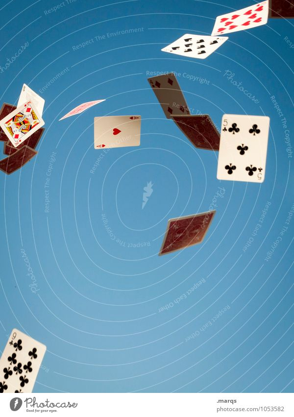Glücksfall Spielen Lifestyle Erfolg Zeichen fallen Wolkenloser Himmel Ass verlieren mischen Trick Spielkarte Fairness betrügen Poker Spielkasino