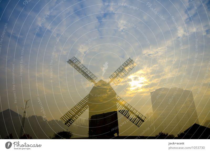 Schrot & Korn in Marzahn Wolken Schönes Wetter Hochhaus Windmühle fantastisch Stimmung Illusion Doppelbelichtung Reaktionen u. Effekte Gegenteil Lichtspiel