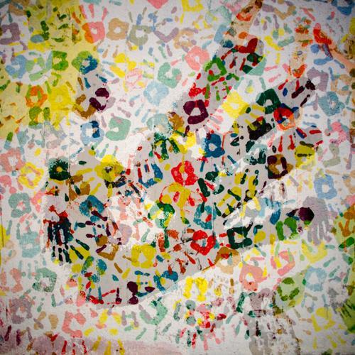 Hand für Vielfalt Freude Leben außergewöhnlich Zusammensein Freundschaft Fröhlichkeit Kreativität Kommunizieren einzigartig Zeichen Jugendkultur viele