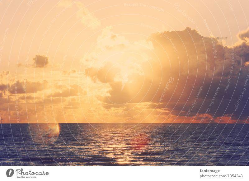 sun is shining... Natur Landschaft Urelemente Luft Wasser Himmel Wolken Sonne Sonnenaufgang Sonnenuntergang Sonnenlicht Sommer Wellen Küste Ostsee Meer