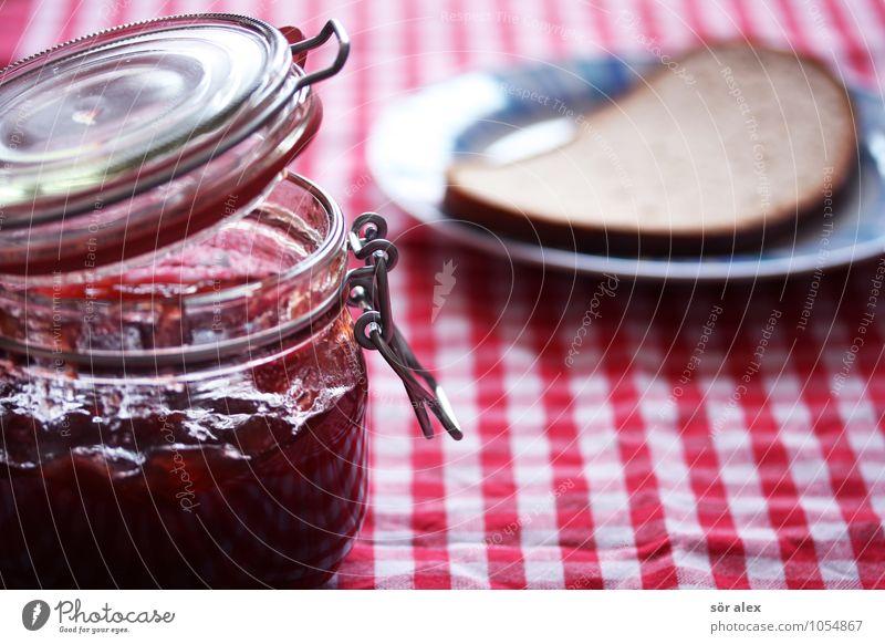Marmeladen-Brot-Frühstück Lebensmittel Brotscheibe Ernährung Essen Teller Tischwäsche Marmeladenglas lecker Gesunde Ernährung Häusliches Leben Farbfoto