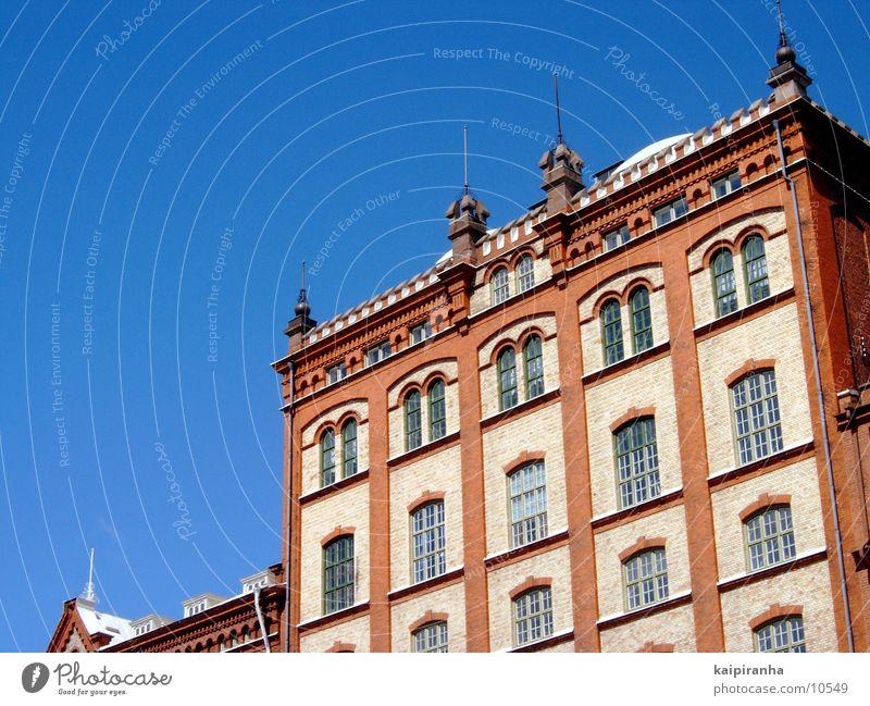 Länsmuseum Kalmar Altbau historisch Heimat Ferien & Urlaub & Reisen Kultur Bildung Architektur Schweden kalmar Museum Himmel blau Dachboden