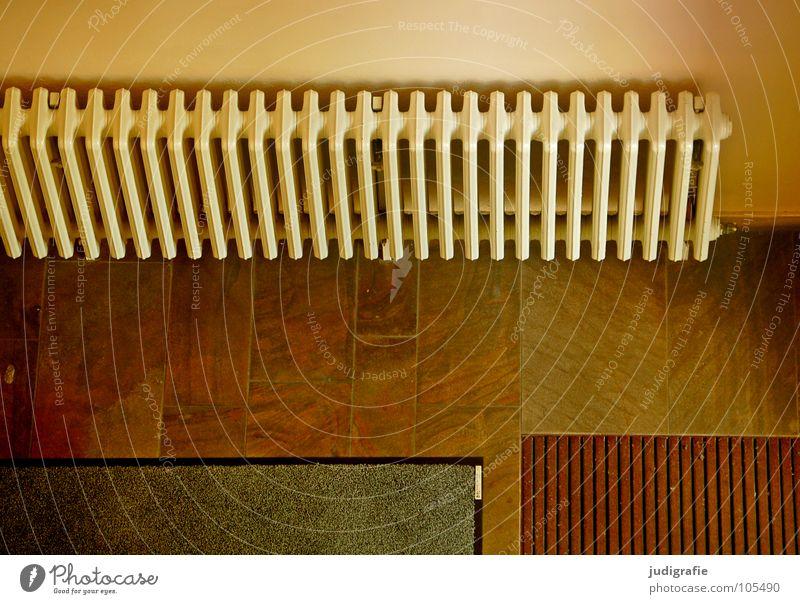 Warmer Empfang Farbe Wand Gebäude Linie Raum Fliesen u. Kacheln Eingang Flur Geometrie Heizkörper Treppenhaus heizen Fußmatte