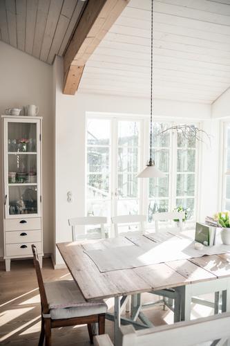 skandinavischer style II schön Innenarchitektur Stil Holz Lampe Lifestyle Wohnung Raum Häusliches Leben Design Dekoration & Verzierung elegant Tisch Möbel