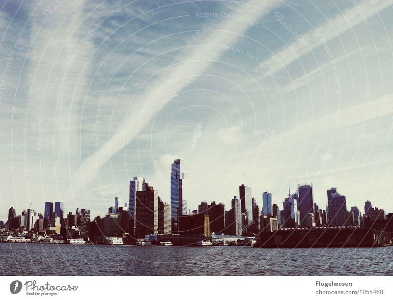 Mann hatten (wir ein Spaß) Ferien & Urlaub & Reisen Stadt Architektur Gebäude Hochhaus genießen Kultur Sehnsucht USA Bankgebäude Skyline Fernweh Wahrzeichen