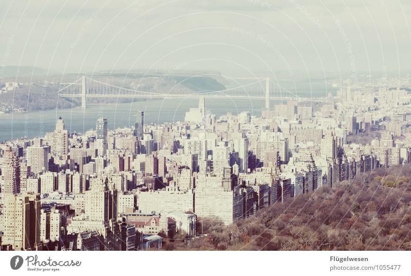 City of New York Skyline o) Ferien & Urlaub & Reisen Tourismus Ausflug Ferne Freiheit Sightseeing Städtereise überbevölkert Hochhaus Bauwerk Gebäude