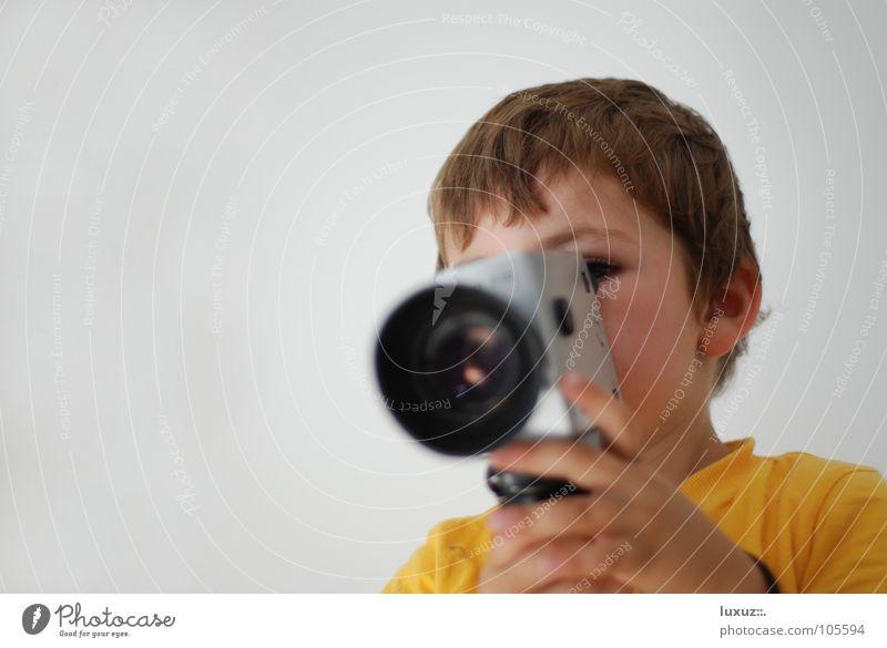 Klappe - die Dritte schön gelb Stil festhalten Filmindustrie Fernsehen Fotokamera Aussicht Grenze Verkehrswege Warnhinweis Kino Videokamera Kontrolle edel Linse