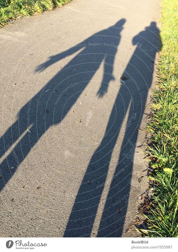 Langzeitbeziehung wandern sprechen Ruhestand Mensch Paar Partner Senior Leben 2 Erholung Liebe Konflikt & Streit Traurigkeit Umarmen Wachstum alt Fröhlichkeit