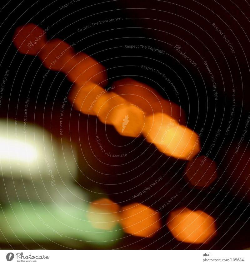 Tunnel 3 Belichtung Lichtspiel Experiment Streifen Studie krumm Autofahren rot grün gelb Langzeitbelichtung Freude streifenlicht akai Versuch jörg joerg