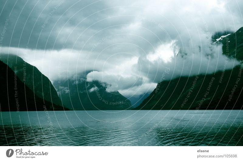 schöne aussichten Natur Wasser Himmel Meer Winter Wolken Berge u. Gebirge Landschaft Wüste Norwegen himmlisch Fjord Atlantik beeindruckend Geirangerfjord