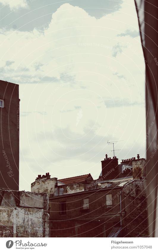 Pariser Ansichten 2 Tourismus Ausflug Sightseeing Städtereise Handwerker Himmel Haus Einfamilienhaus Hütte Industrieanlage Ruine Gebäude Architektur Mauer Wand