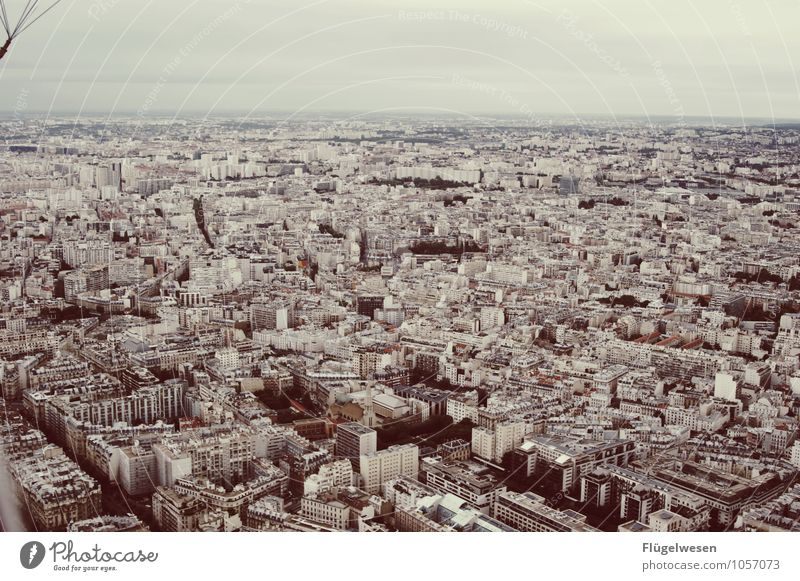 Pariser Ansichten 6 Haus Straße Architektur Gebäude Hochhaus Aussicht fantastisch genießen Kirche Sehnsucht Postkarte Bauwerk Bankgebäude Skyline Fernweh