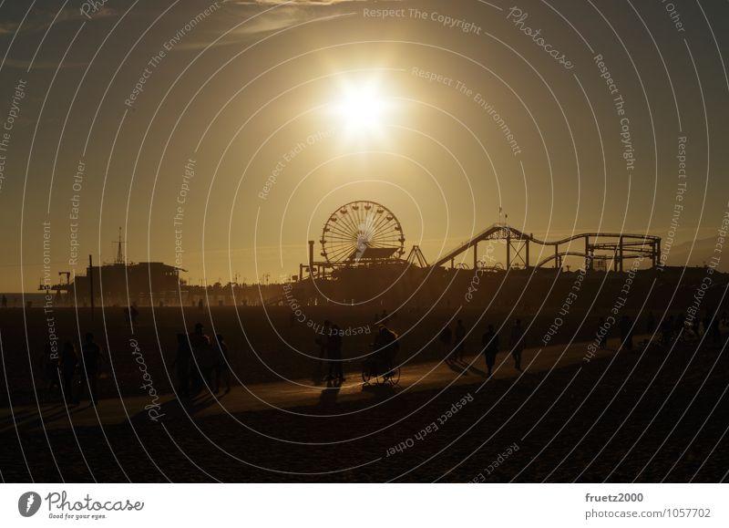 Santa Monica Pier Freude Glück Ferien & Urlaub & Reisen Tourismus Ausflug Abenteuer Ferne Freiheit Sightseeing Städtereise Sommer Sommerurlaub Sonne Strand