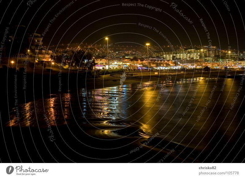 LichterMeer Ferien & Urlaub & Reisen Sommer Strand Farbe Küste Wellen Insel Spanien Promenade Süden Atlantik Nachtaufnahme Kanaren Teneriffa Stadtlicht