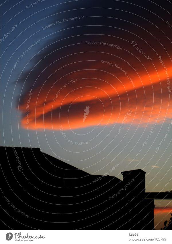 Abendrot Wolken Fabrik Feierabend stagnierend ruhig verfallen schwarz Arbeit & Erwerbstätigkeit Pause Arbeitslosigkeit Hintergrundbild Sonnenuntergang Verfall
