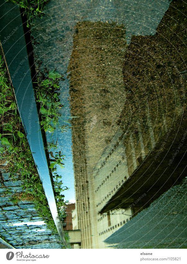 ::PLEIN D´ART:: Wasser Haus Straße Wege & Pfade Gebäude Regen nass Eisenbahn Industrie Fabrik Bild Spiegel Gleise Bahnhof Surrealismus falsch