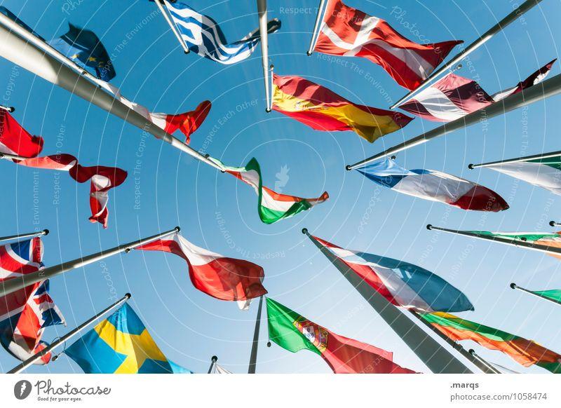 Europäisch Wolkenloser Himmel Zeichen Fahne hoch viele Perspektive Politik & Staat Bildung Europa Fahnenmast international Business Macht Stolz weltweit