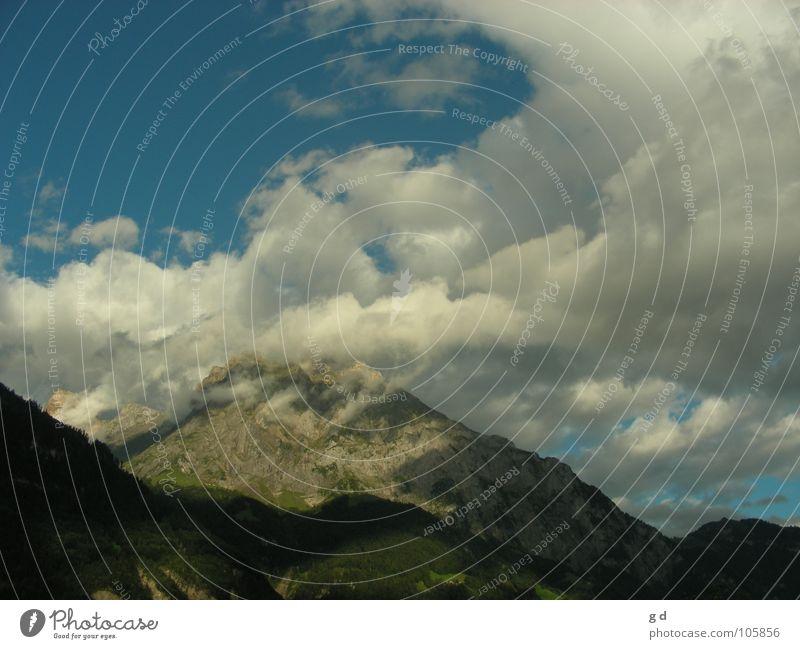 Wonderful Switzerland Himmel blau Wolken Berge u. Gebirge grau Stein Schweiz Dynamik
