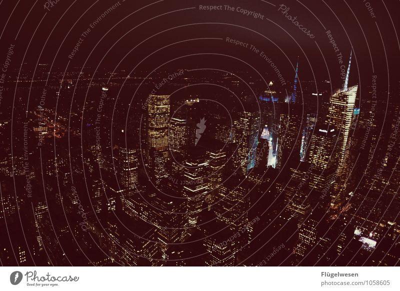 Good Night New York 1 Ferne Straße Architektur Gebäude Freiheit Wachstum Hochhaus Erfolg Aussicht fantastisch Bauwerk USA Skyline Stadtzentrum Sehenswürdigkeit