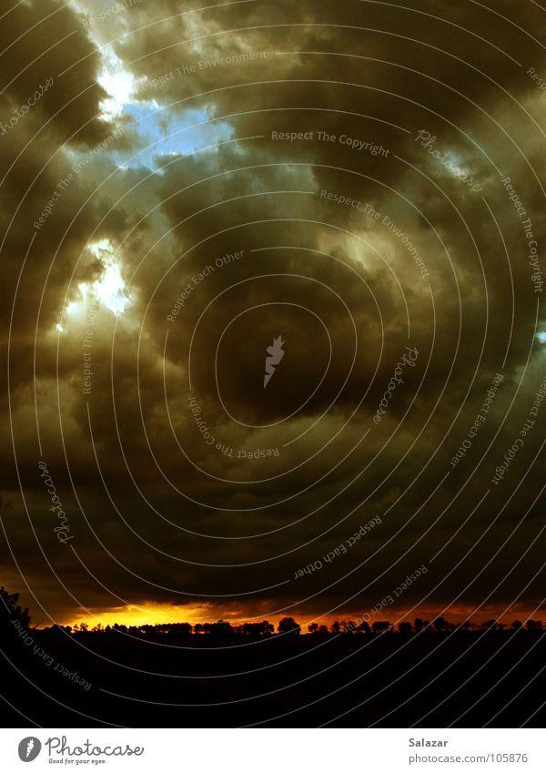 god's curse Wolken Himmel schwarz Sonnenuntergang dunkel Horizont Panorama (Aussicht) Herbst clouds sky dark Ferne Schatten shadow