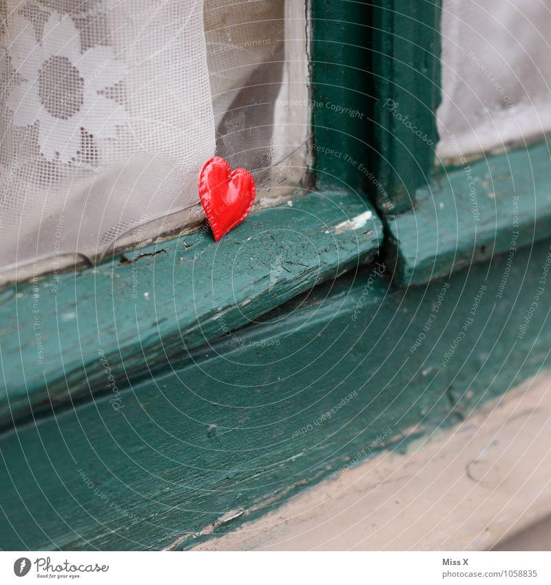 love Flirten Valentinstag Fenster Zeichen rot Gefühle Stimmung Liebe Verliebtheit Romantik Liebeskummer Sehnsucht Hoffnung Liebesaffäre Herz herzförmig
