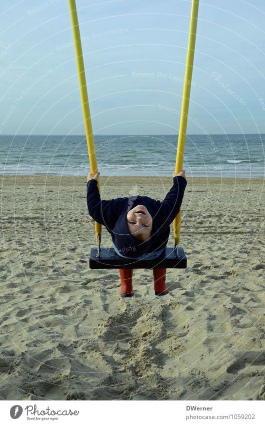 Spaß Mensch Himmel Natur Wasser Meer Landschaft Freude Strand Gesicht Küste Junge Sport Glück Sand maskulin Wetter