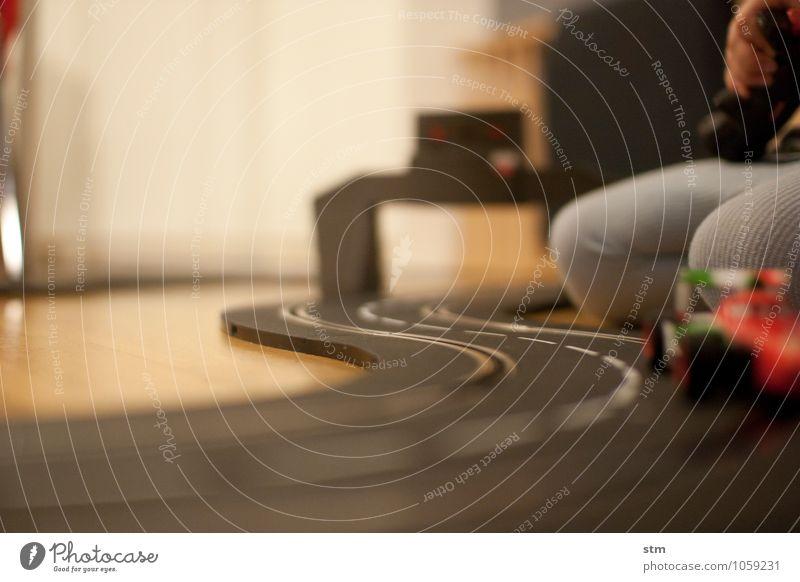 rennfieber Freizeit & Hobby Spielen Kinderspiel Carrerabahn Spielzeug Rennbahn Häusliches Leben Wohnung Raum Kinderzimmer Mensch Kleinkind
